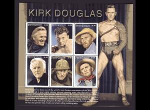 Kirk Douglas, Kleinbogen, Grenada